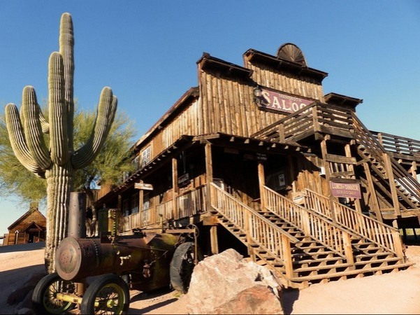 goldfield-ghost-town-01