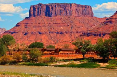 red-cliffs-lodge.3.