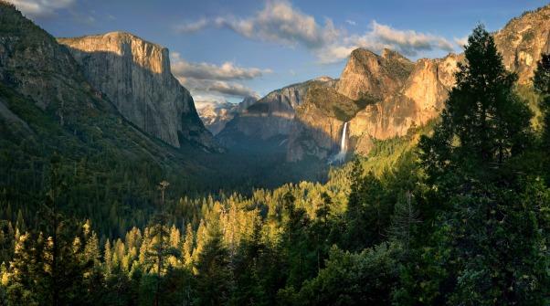Yosemite-Valley-