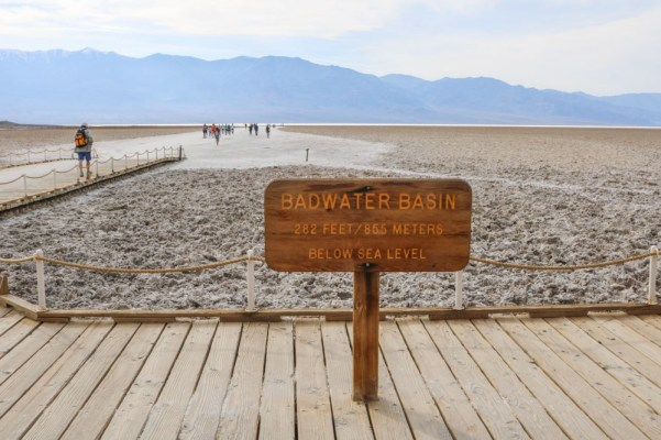 Badwater-Basin-in-Death-Valley-National-Park-California