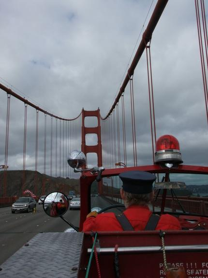 crossing-the-golden-gate-bridge-photo_1001425-430tall